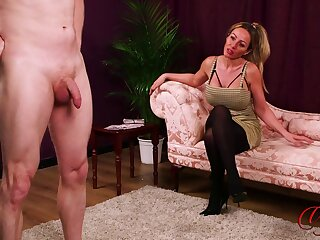 Blonde chick bites the brush lips while watching a dude stroking - Lucy Kemp